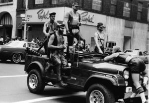 How is the leather world changing?? Leathermen al gay Pride (New York, 1964)